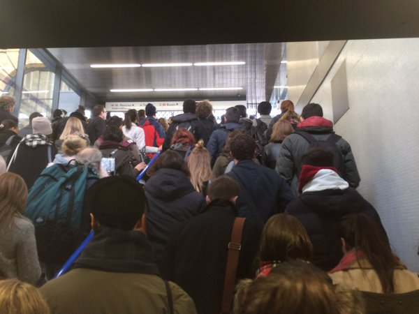 Dangerous overcrowding hits Kings X and Victoria this a.m.