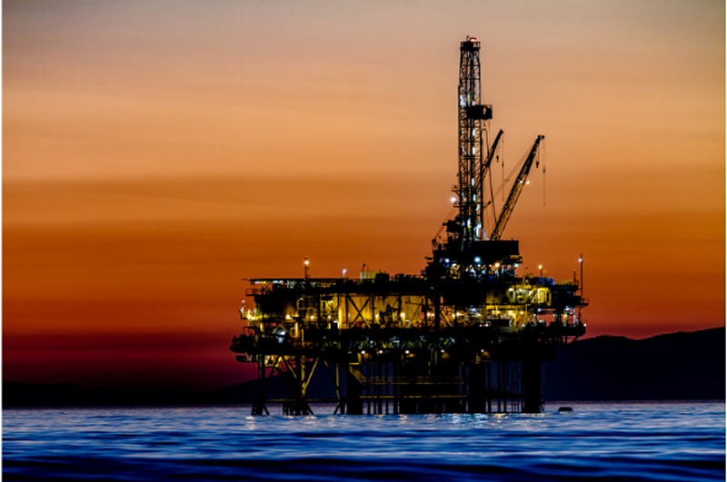 RMT warns that the UK oil and gas industry is teetering on the brink